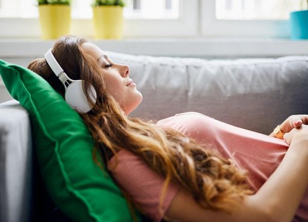 Reducción de sonido con auriculares
