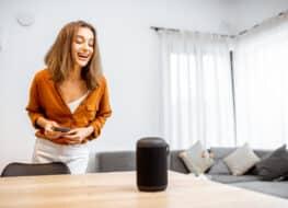 altavoces wifi o bluetooth